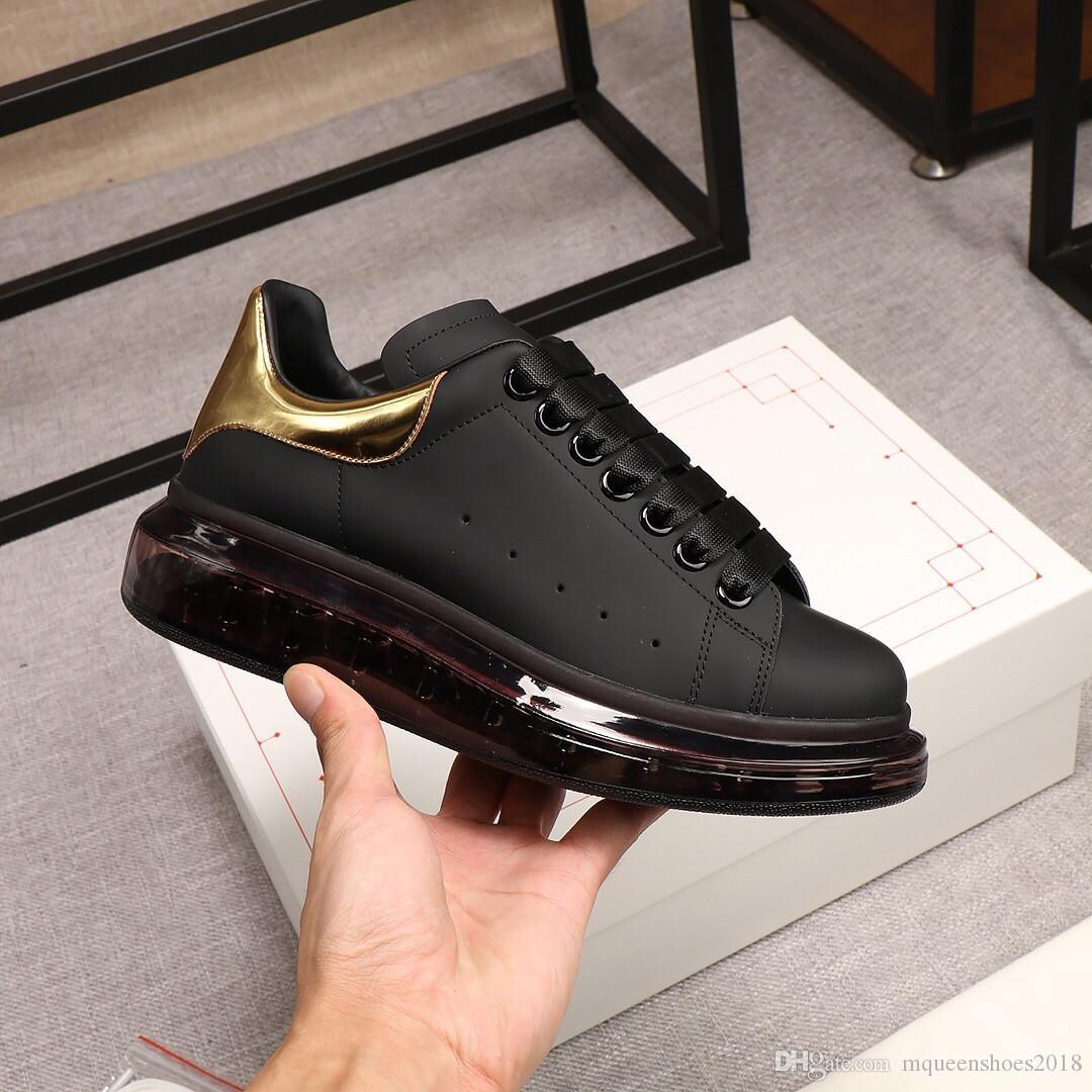 Pelle di pecora di lusso classici del progettista dei pattini casuali Cuscino DONNA UOMO Piattaforma Sneaker acqua-macchiato Trainer Black Gold Chaussures
