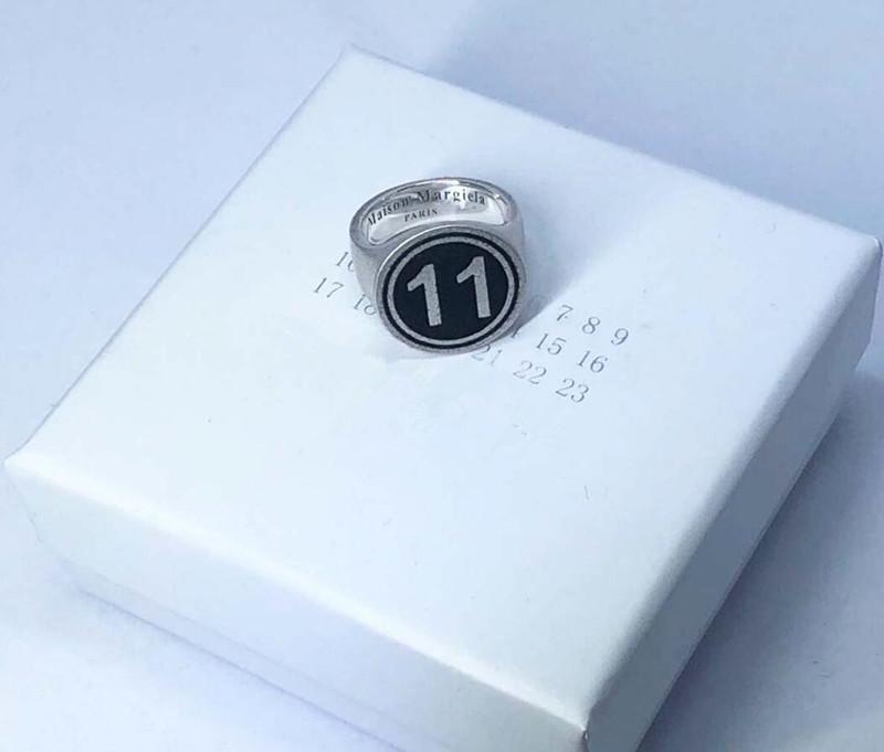 Belgique Mode MMM conception de haute qualité anneau hommesCravates anneau numérique et les femmes personnalisé Festival de cadeau d'anniversaire