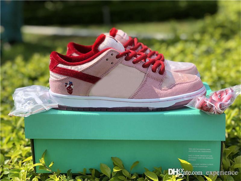 2020 الأصلي أصيلة sb dunk strangelove منخفضة سكيتبورد عيد الحب الوردي الأحمر الأبيض CT2552-800 الرجال النساء الأحذية في الهواء الطلق الرياضة أحذية رياضية
