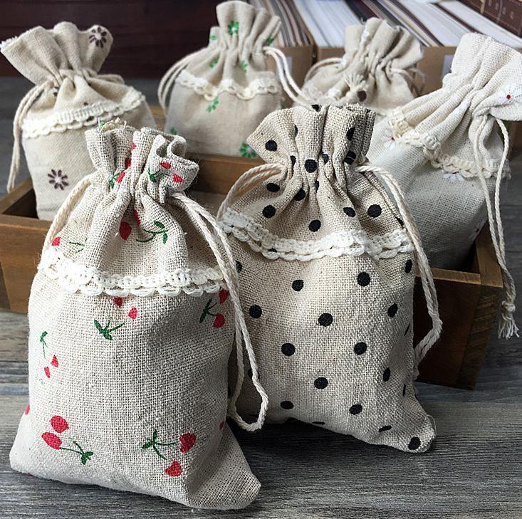 Bolsa de regalo de lino de encaje 5 estilos eligen Brazalete de pulsera Brazalete Accesorios para el cabello Saco de boda Favor Regalo Bolsa