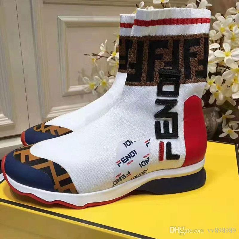 Lüks Sneakers Hız Eğitmen Siyah Beyaz Büyük harfler Üçlü Siyah Moda Düz Çorap Çizme Günlük Ayakkabılar Hız Eğitmen Runner F1682