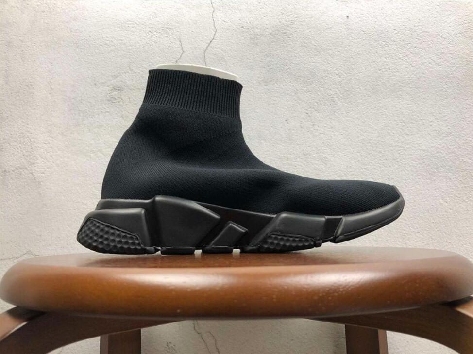 Mit Box großen Designer-Schuhe Speed Trainer Gelegenheits von Triple-Socken Flache Mode der Frauen der Männer Sport-Turnschuhe Art und Weise Größe 36-47 T05