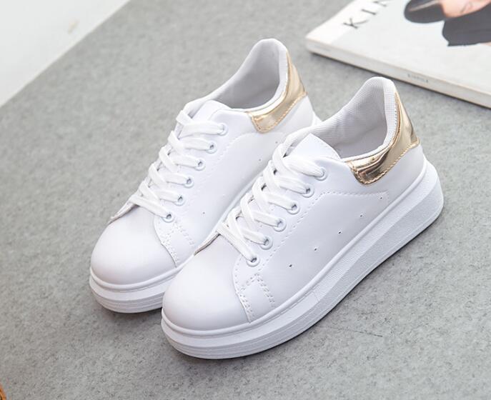 Au printemps 2019 nouvelles chaussures blanches chaussures de sport à semelles étudiants coréens ont augmenté chaussures W095