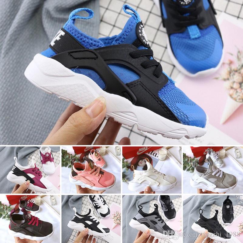Nike air huarache 2019 bambino ragazzo Air Huarache Scarpe da corsa ultra bambini Bambini rosa Designer Scarpe da ginnastica Hurache Ragazze Sneakers blu regalo di compleanno 24-35