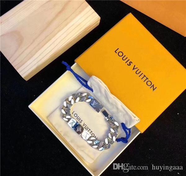 Die neueste Mode für Männer und Frauen Titan Stahlarmband Kettenbrief Blumenarmband mit Armband Geschenk-Box kann Großhandel