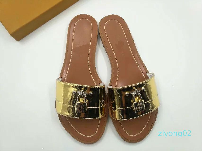 2019 lock it leather Designer Sandals fashion 35-41 Women sandal Horse brand with box lady fashion Dust bag Mini slippers flat slippers z02
