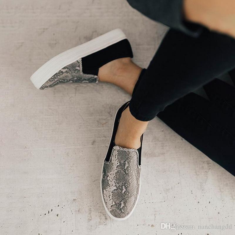 Schuhe Berühmte Marke Europäische Patchwork Frau Müßiggänger Echtes 2019 Weiße Damen Müßiggänger Leder Lederwohnungen WPPNR