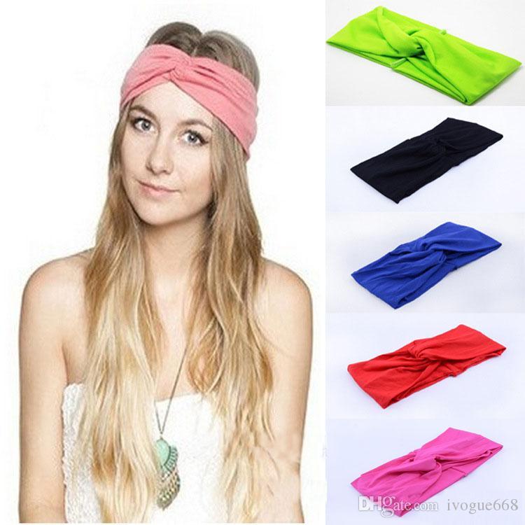 20 Os doces colorem a forma das mulheres de cetim Bandana Turban Vintage estilo moderno Elastic Mulheres Turban Headbands trançado cabelo bonito Banda Acessórios