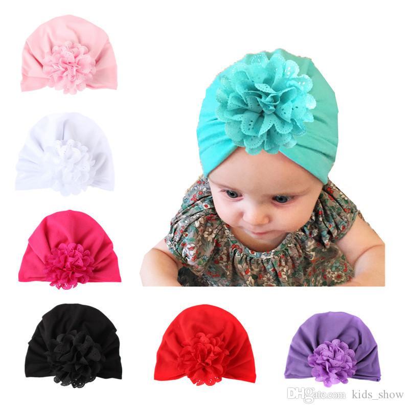 Cappello di colore solido neonato bambino morbido scava fuori fiore beanie infantile primavera autunno fiore cappello turbante