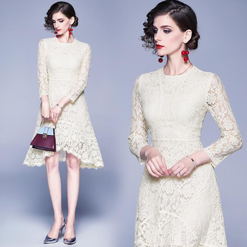 Mode série robe en dentelle beige élégant design Printemps été Charme style cocktail Robes de bal de mariage Robes Femmes 8738