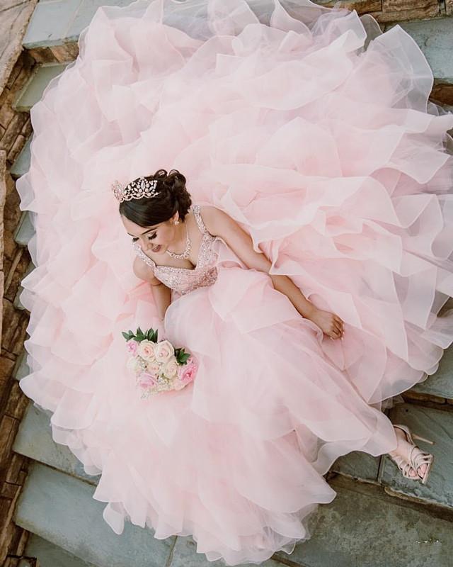 Роскошное Бисерное Бальное Платье Quinceanera Платья 2020 Спагетти Ремни Каскадные Оборки Органза Vestidos De Novia Зашнуровать Назад Невеста Вечернее Платье