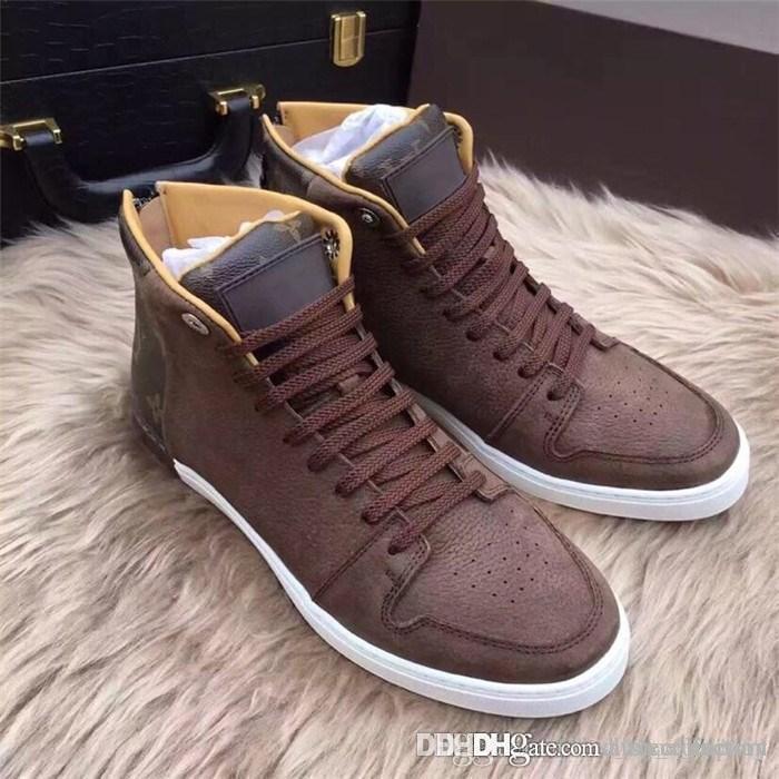 2019 Stivali da uomo classici in pelle con fiori antichi, Sneakers alte da uomo invernali Sneakers alte con confezione da 38-45