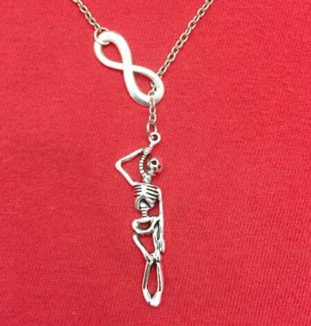 Declaración gótica Collar infinito de plata del vestido de Golf Esqueleto rebanada Flecha bicicletas Alas del copo de nieve colgante de collar de la mujer joyería