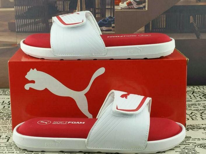 20ss Nuevo para mujer para hombre LuxuryDesigner playa zapatos sandalias Slide zapatos de moda de verano de forro de cuero de vaca Zapatos negros del deslizador del flip-flop Box 2022708Q