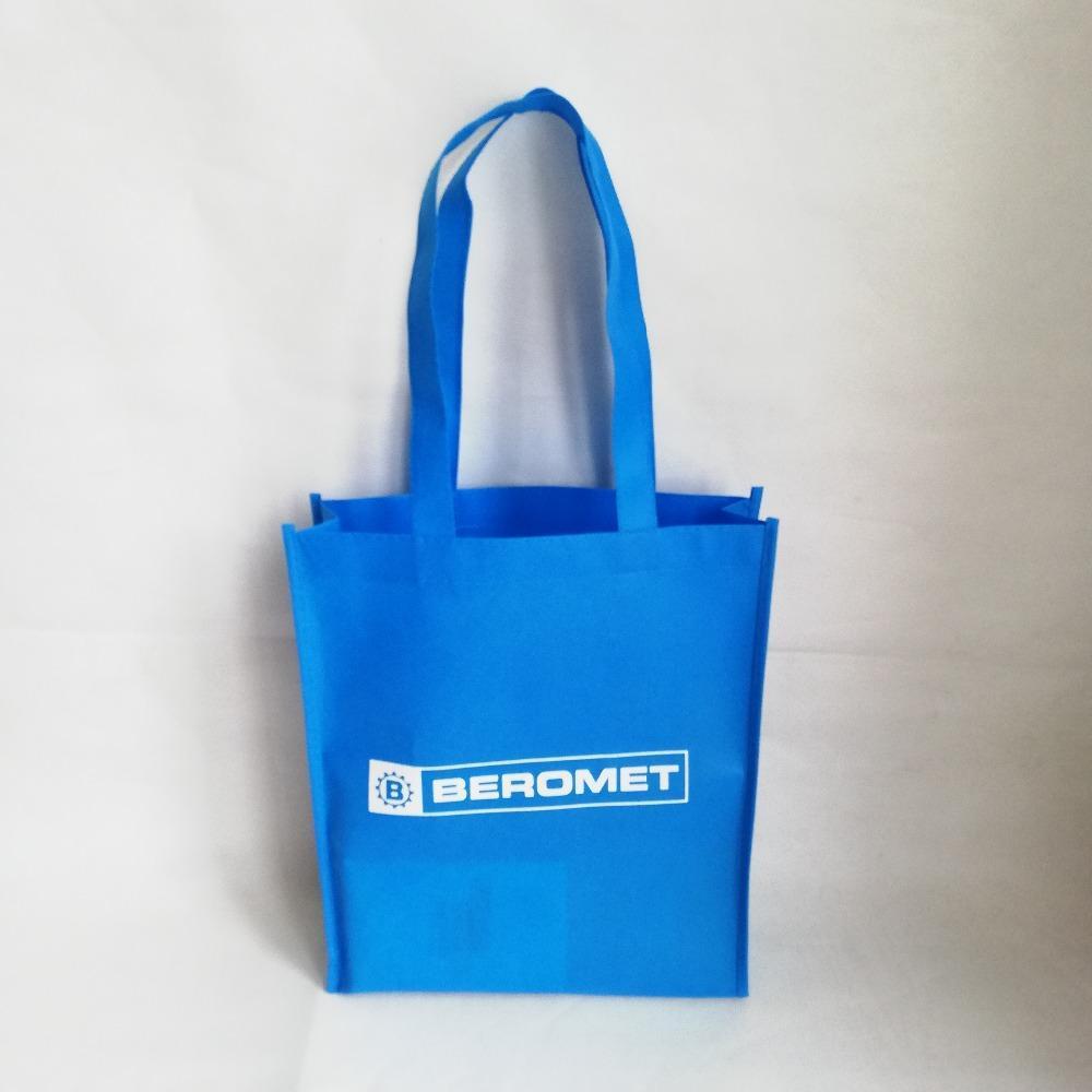 1000pcs / lot 32Hx24x8cm la tua immagine Foto stampa personalizzata individuale non tessuti Shopping Tote Bags riutilizzabile di Eco Sacchetto per i regali / Panno