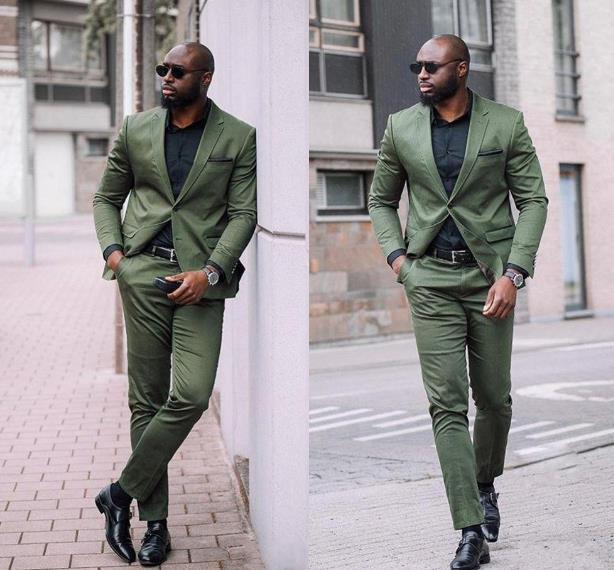 Los trajes para hombre verde Nuevo Ejército Ocio Slim Fit Dos pedazos de los padrinos de boda para hombres Negro Traje de baile formal (chaqueta + pantalones)