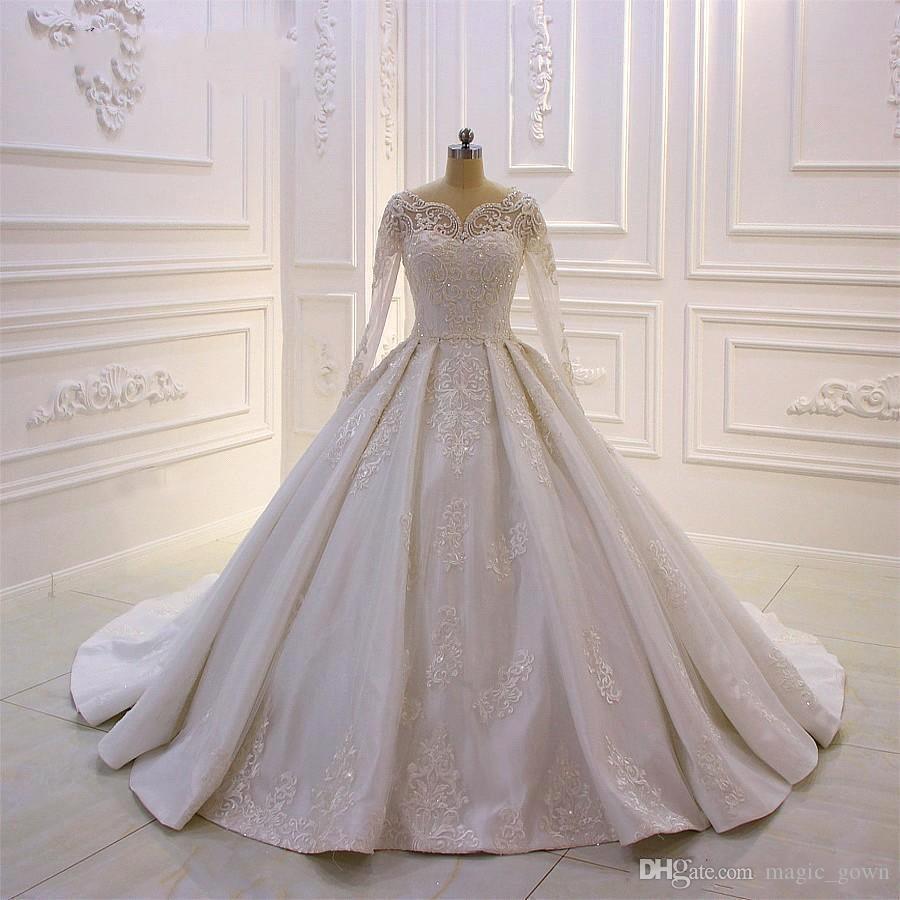 Dubai Árabe Vintage elegante do casamento de Boho Vestidos mangas compridas profundo decote em V Lace vestidos de noiva Sweep Trem Vestido de Noiva Vestidos De Novia