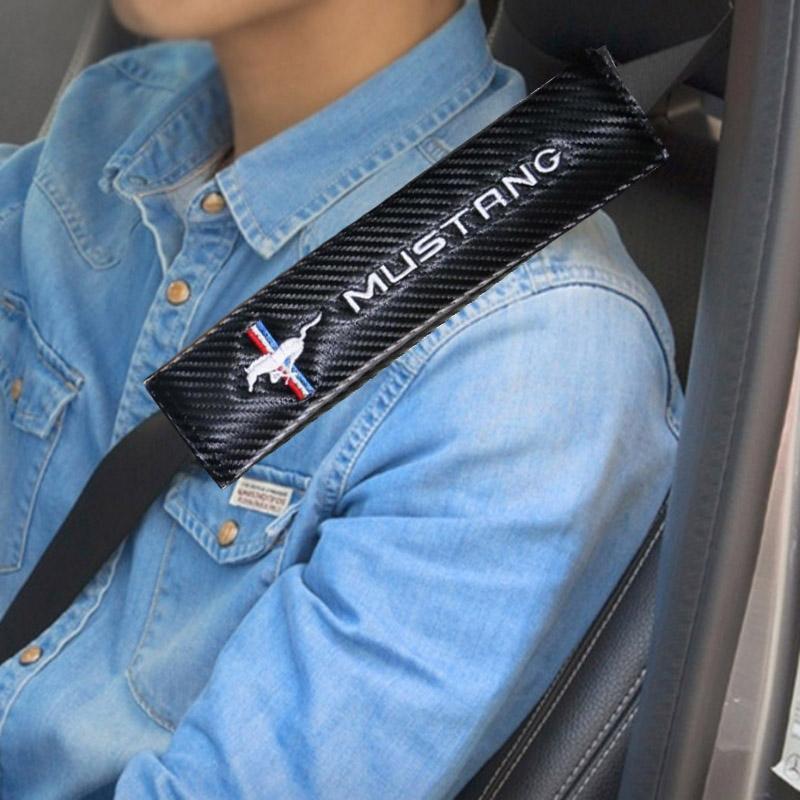 موستانج المهر الحصان شعار شارة شعار سيارة سلامة حزام غطاء ألياف الكربون الكتف الوسادة موستانج GT350 GT500
