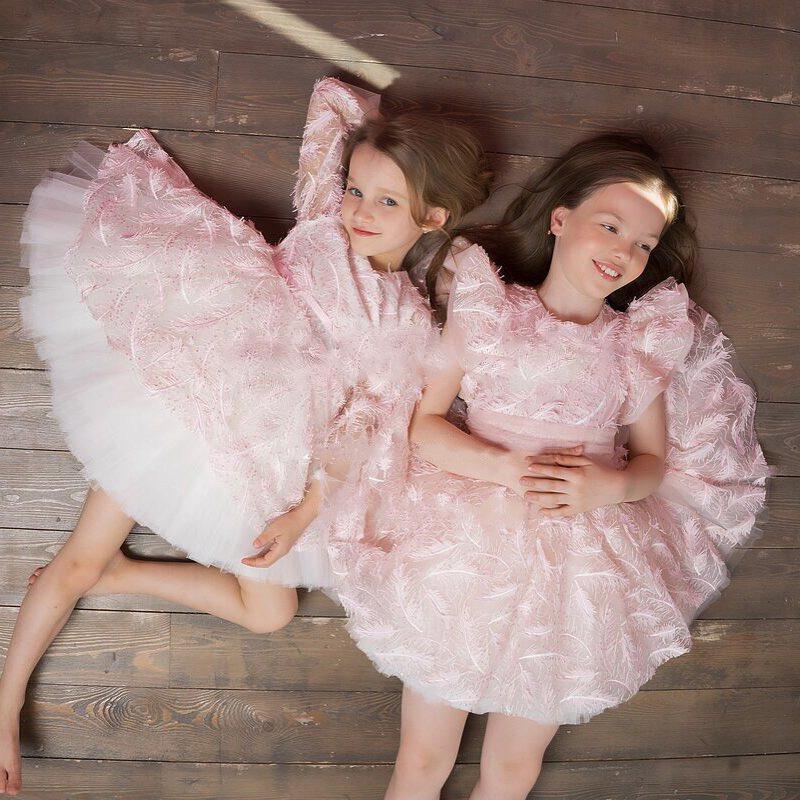 2019 Weinlese-Blumen-Mädchenkleider Elfenbein-Baby-Säuglingskleinkind Taufe Kleidung mit langen Ballkleid-Spitze Tutu Ballkleid-Geburtstags-Party-Kleid