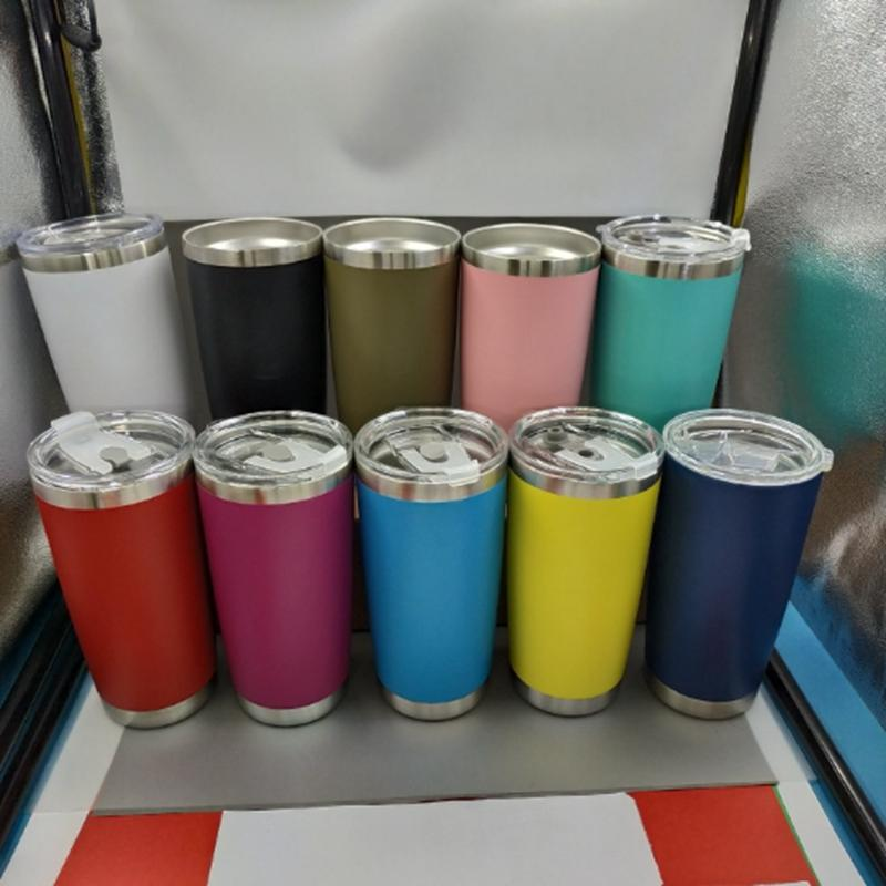 Kapak 10 Renkler VT0439 ile 20 oz Paslanmaz Çelik Tumblers Bardaklar Vakum Yalıtımlı Seyahat Mug Metal Su Şişesi Bira Kahve Kupalar