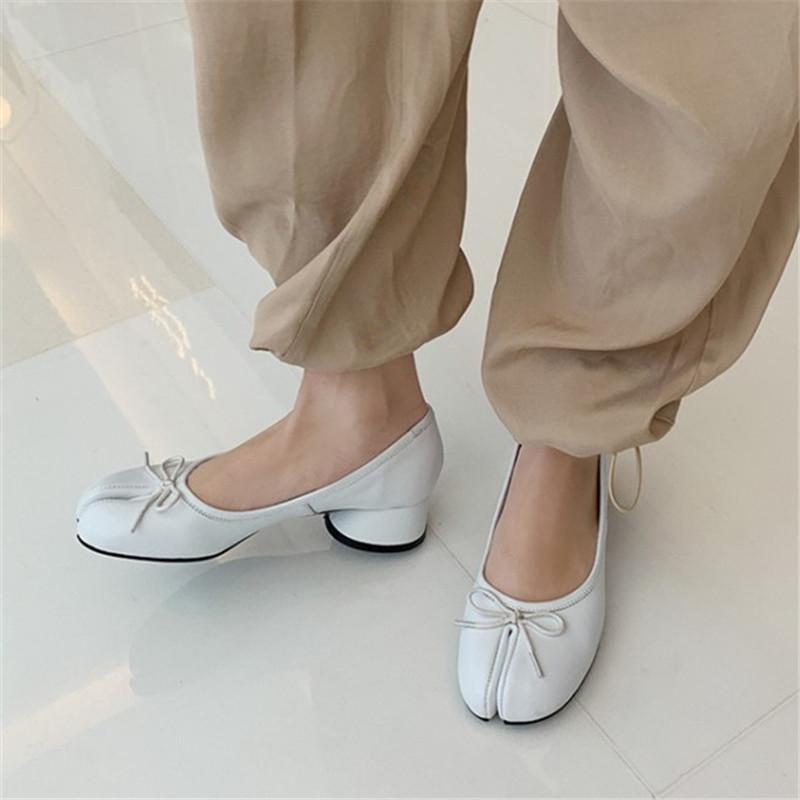 Genuine Leather Split Toe Round Low Heels Shoes Women 2020 Spring New Bowknot Tabi Ninja Pig Feet Pumps Ladies