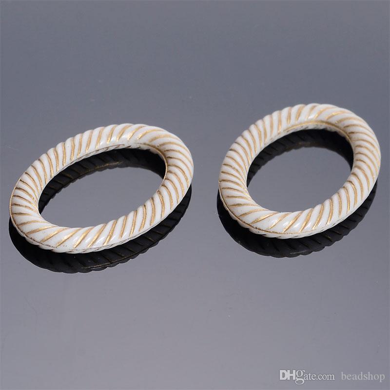 New Fluted ondulado 50Pcs 24x35 MM Vintage Inspirado Jóias tomada étnico acrílico estilo antigo Design Encanto para DIY Bracelet