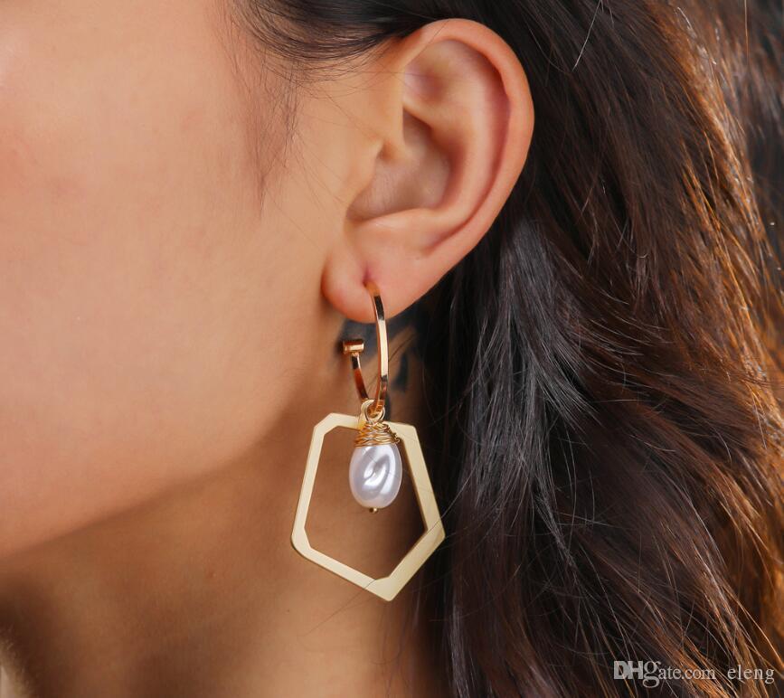 Kreative Perle Joker Ohrringe Frau Mode Gold Alien Anhänger Korean Exquisite Ohrringe 503