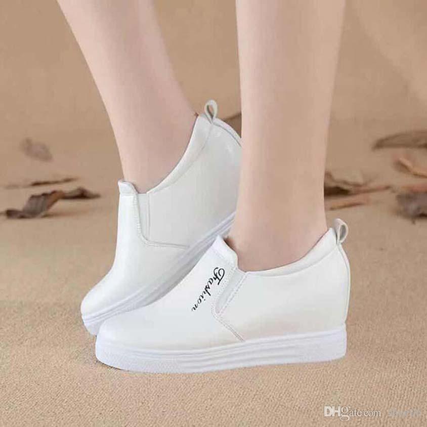 Con la caja de la zapatilla de deporte de los zapatos ocasionales Formadores Moda Calzado deportivo de cuero de alta calidad de las botas deslizadores de las sandalias de la vendimia de aire para la mujer 06PX905