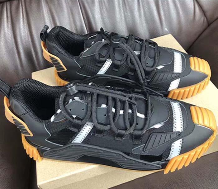 2020 Femmes Hommes Chaussures Casual Luxury Designer Shoes Lates P Cloudbust de Thunder lacent 19FW Capsule série Correspondance des couleurs Plate-forme Chaussures de sport