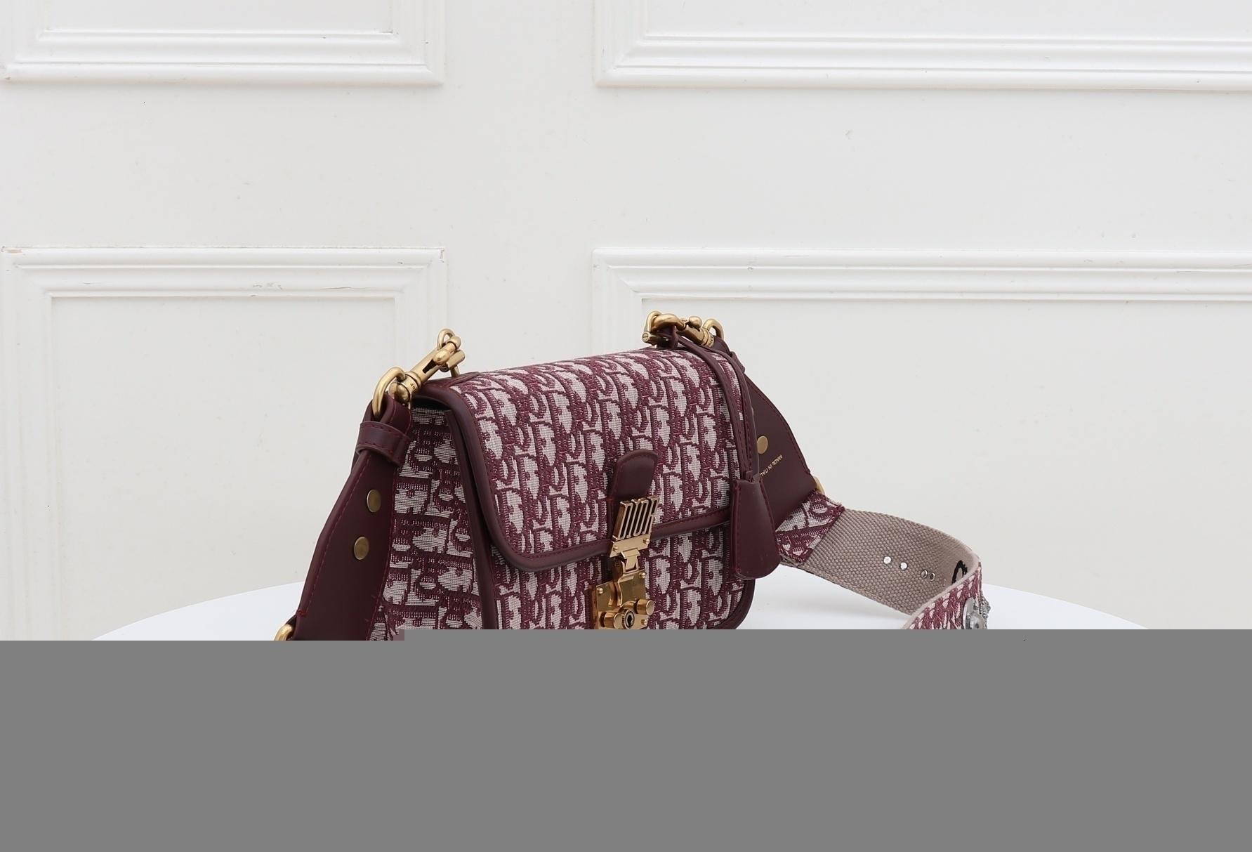 lancé récemment la promotion de sacs à main Hip-Hop style preppy Accessoires personnalité vogue sacs sac à bandoulière banquet des femmes de femmes