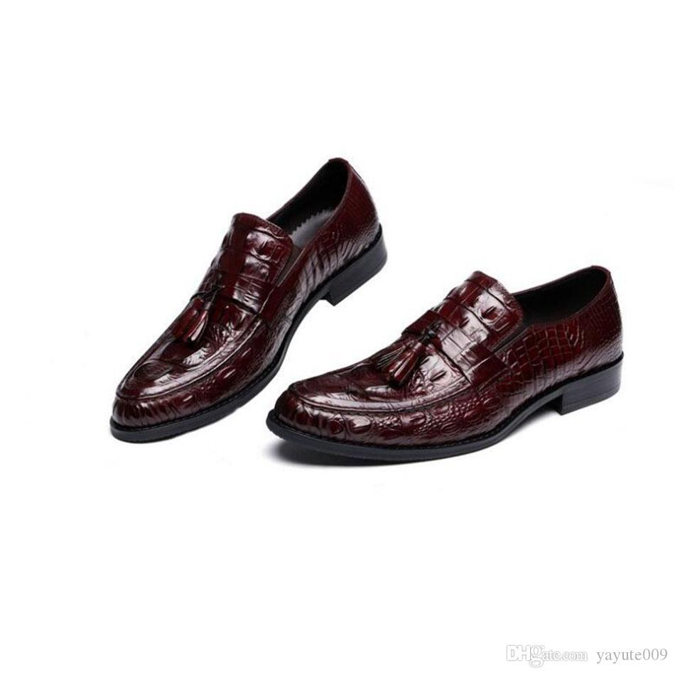Sapatos de vestido formal de negócios com sapatos de couro de vaca confortável luxo Sapatos de estilo britânico de moda retrô para homens Oxfords
