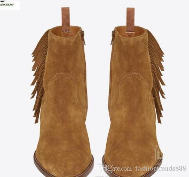 Compre 2019 Botas Nuevas Para Hombre Botas De Cuero De Gamuza De Estilo Vintage Zapatos De Tobillo De Borla Superior Superior Con Cremallera Hasta