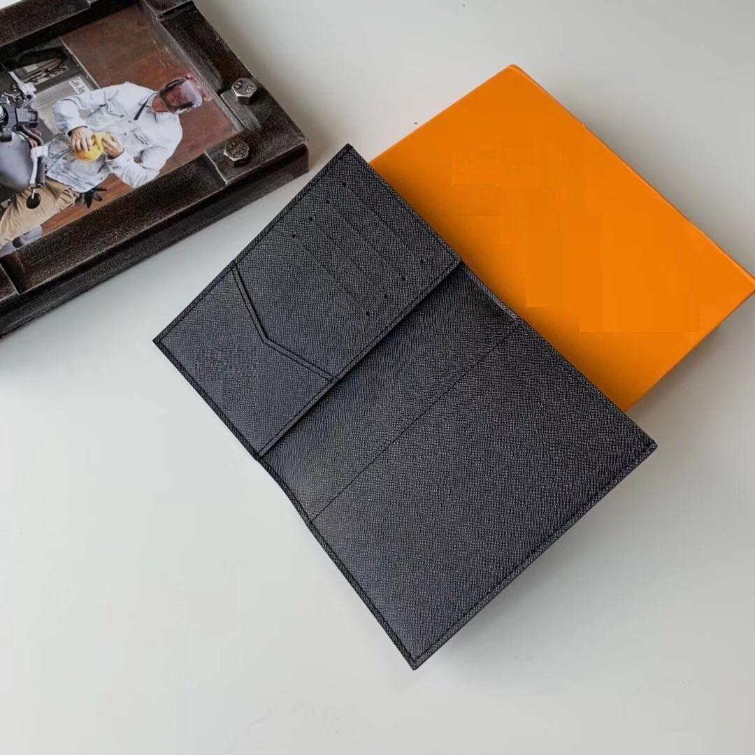 Top Qualität Mens Paßhalter Frauen-Mappe Blumen-Druck-Kartenhalter echten Leder-Frauen-Geldbeutel-Abdeckungen für Reisepässe mit Box Staubbeutel