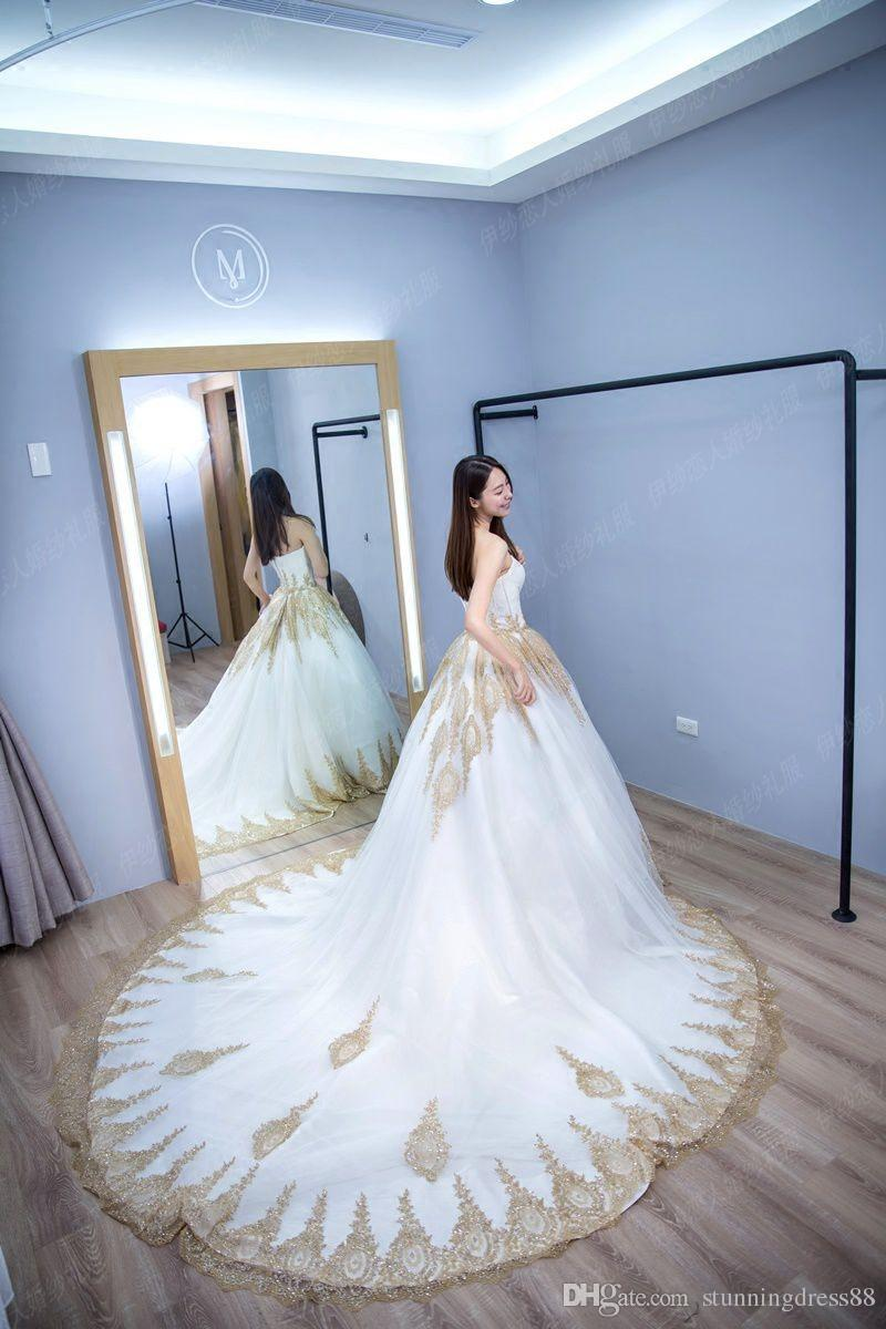 Luxury White And Gold Applique Sequins Wedding Dresses Cheap Sweetheart Tulle Court Train Country Wedding Dress Bridal Gowns New