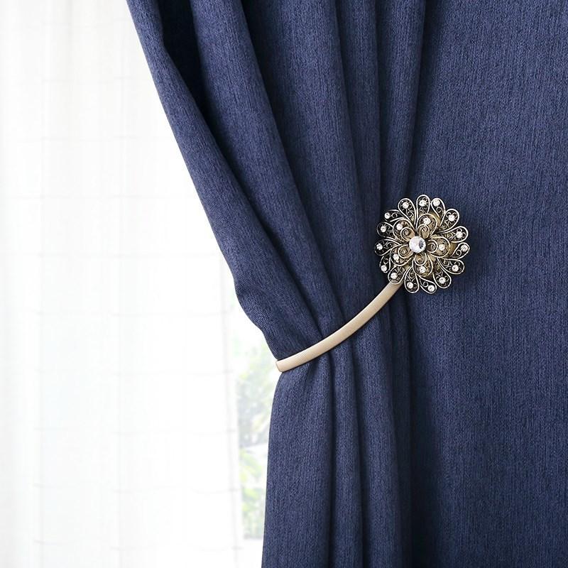 Un Par De moderna minimalista de cristal cortinas con hebillas decorativas cortina gratuito de perforación imán correas cortina clip decoración T200601