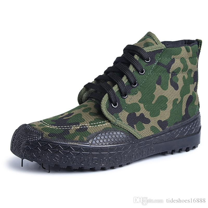 Big Size Camouflage Shoe Fashion Flat Men Shoes High Top Sneakers Men 2019 Breathable Safety Shoes Light Summer Canvas Shoes Men