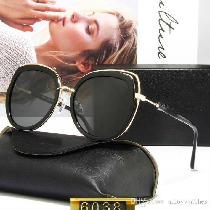 Nuovi occhiali da sole piastra personalità femminile grande modo telaio vetri alta TR90 lente polarizzante chiaro combinato con telaio metallico col