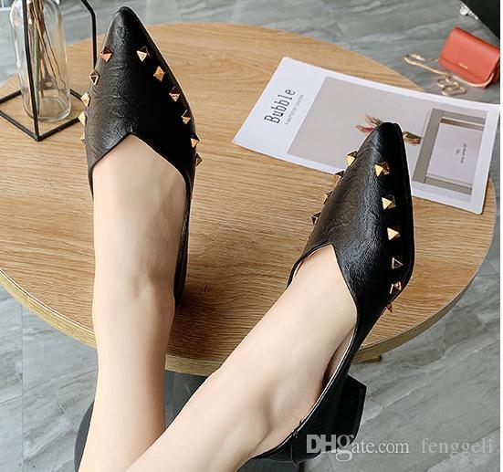 2020 обувь для женщин весной и осенью с Новый стиль Низкий каблук заостренный конец @ 9066