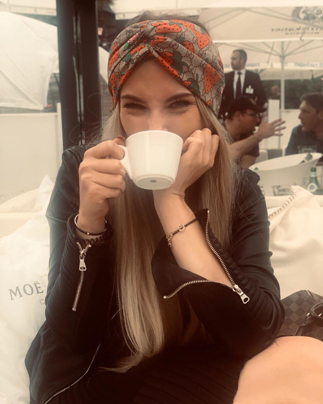Brandnew Designer Straberry Stirnband Frauen Marke Silk Stirnband beste Qualität Marke Erdbeere Design Haar-Bänder Kopf für Frauen Mädchen