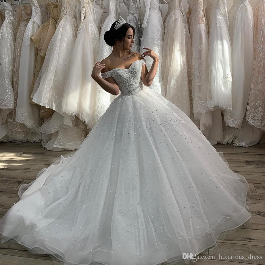 Großhandel 17 Schatz China Brautkleid Mit Perlen Weg Von Der Schulter  Dubai Für Frauen Libanon Brautkleider Tüll Eleganter Muslim Herrliche Von