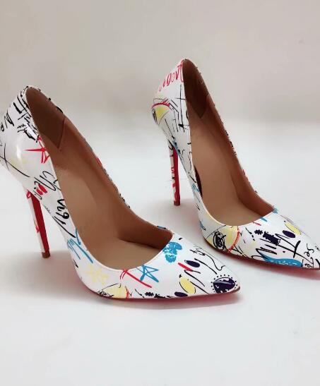 2019 NEW HOT Moda Saltos Rebites Designer De Luxo Fundo Vermelho Bottoms Salto Alto Preto Bombas De Casamento de Prata Vestido Mulheres Sapatos Das Mulheres