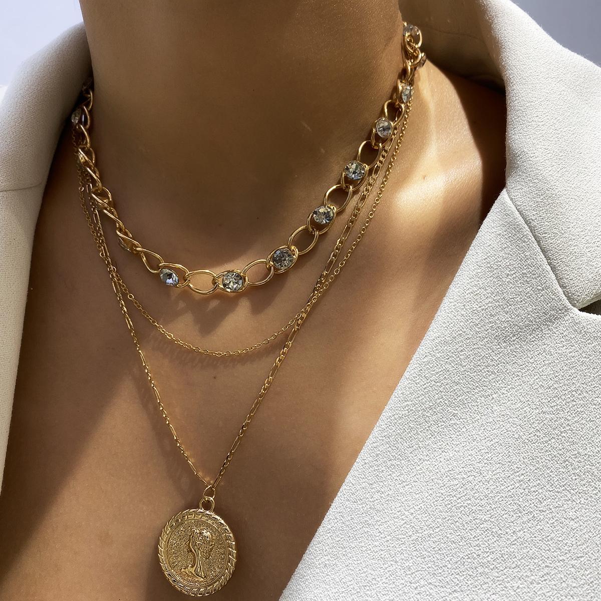 Weinlese-Kristall Münze Anhänger Halskette Multi Layer LuxuxRhinestone langkettige Claviclehalskette Frauen Schmuck