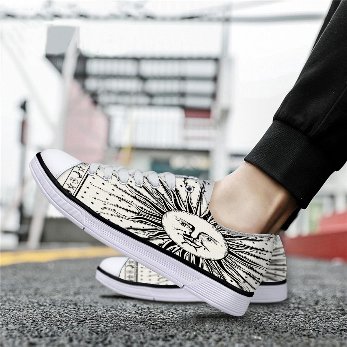 Indian Mandala Solar Celestial Body Unisex Canvas Shoes For Men Classic Flats Canvas Shoes Teen Boys Studnets Low Top Sneakers
