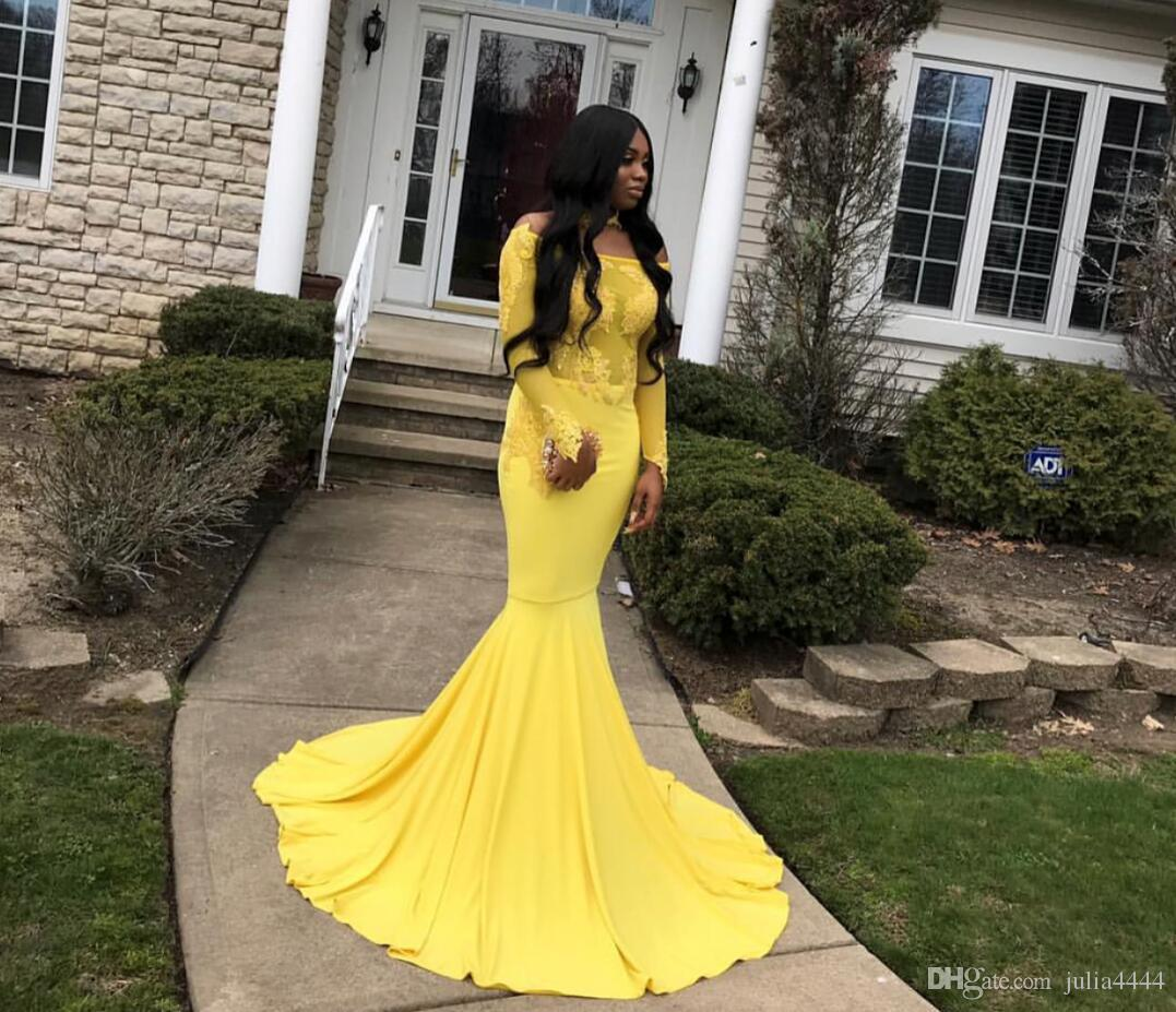 2019 Vestidos de noche de la sirena Bateau Lace apliquen apliques largas mangas de mangas amarillo vestido de fiesta de barrido trenes formales de fiesta