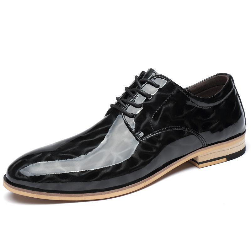 Designer Marque Chaussures Hommes Robe Glossy Chaussures Homme Mariage Chaussures Hommes formelles Décors Voir richelieu en cuir véritable * A6819