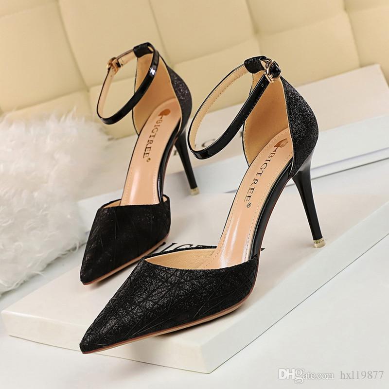 2019 Moda Primavera Sapatos de Mulher Apontou Bem com Saltos Shallow boca de Salto Alto de Couro de Patente Verão Bombas Sapatos Mujer 9 cm 7113-1