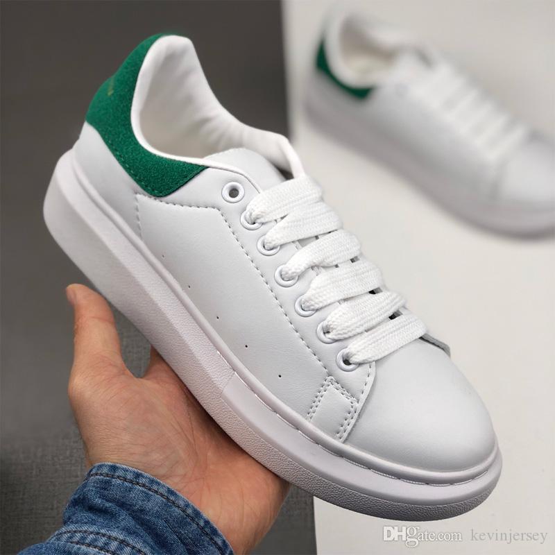 ucuza Designer Shoes Kadın Erkek Lüks Moda Sneakers Düz MQ Kalın Alt Marka Açık Günlük Ayakkabılar Beyaz Siyah