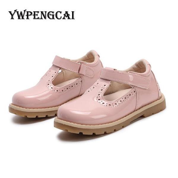 Haute qualité filles princesse verni chaussures en cuir couleurs solides caoutchouc souple PU chaussures en cuir Party Dance filles