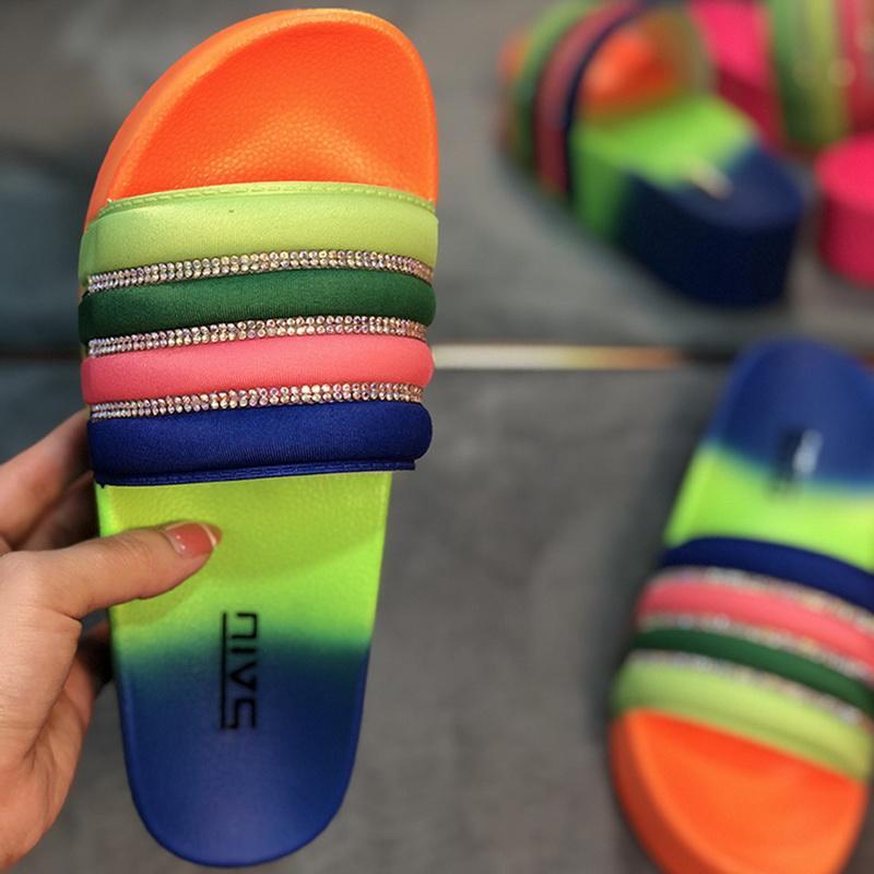 Tie Dye Lady Slippers arc-en-strass diamant Slides femmes plage Sandal Slides Intérieur Chaussons d'extérieur pour les femmes Dropship