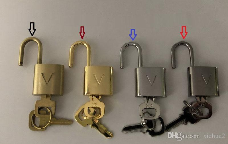 طلب الزبون ، قفل الأمتعة ، القفل = 1 قفل + 2 مفاتيح .